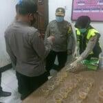 Kapolres Purwakarta Lakukan Tes Urine Terhadap Seluruh Anggotanya