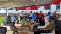 Suasana pertemuan antara seniman Subang dengan Bupati, H. Ruhimat dan unsur Muspida setempat