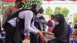 Bupati Purwakarta Salurkan Bantuan Beras dan Pantau Vaksinasi Ke Pelosok Desa